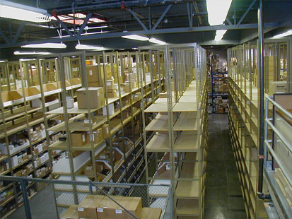 Bulk Warehouse Shelving With Catwalk