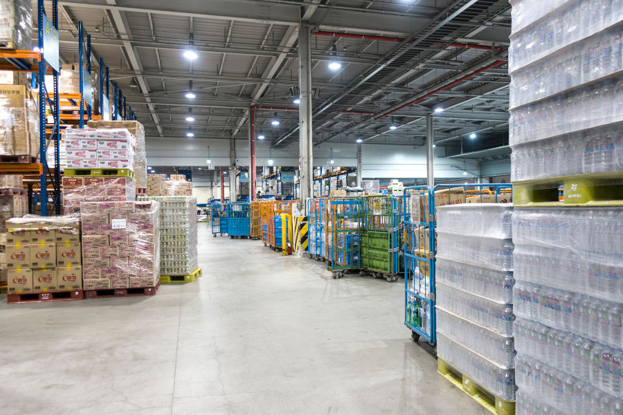 optimize warehouse operations