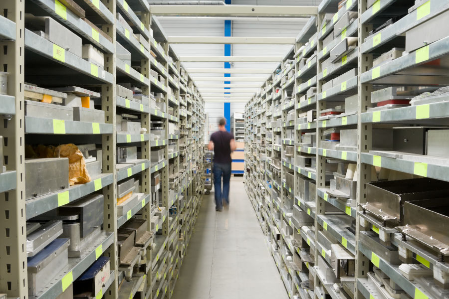 Which Metal Shelving Unit System Is Right For Your Operation?